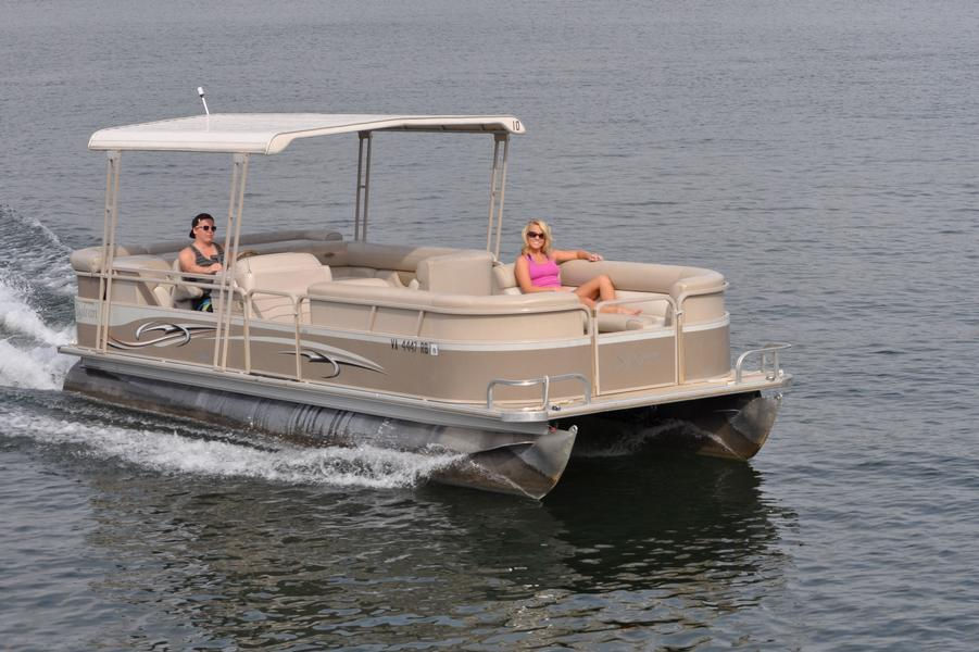 24 Foot Pontoon at Parrot Cove