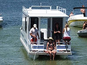 30 Foot Houseboat
