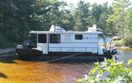 36' Voyageur Class Houseboat