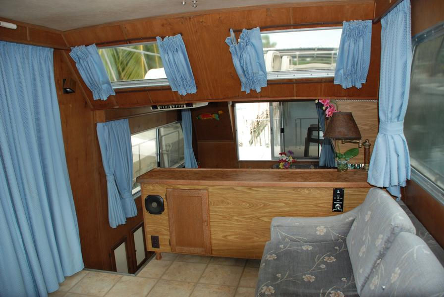 38 foot Houseboat Leisure Time