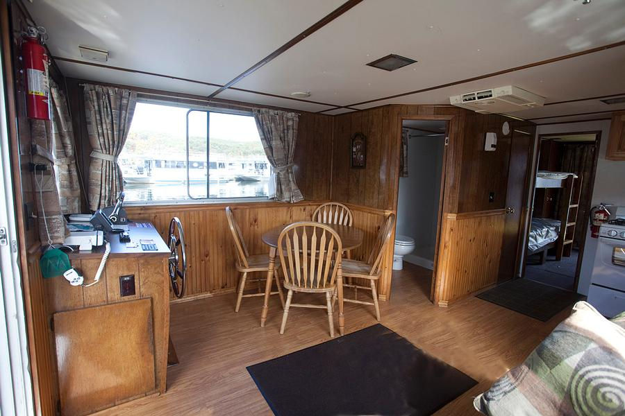40 Jeffey Houseboat