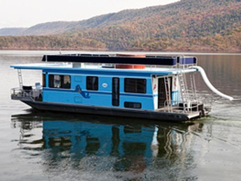Everything You Need To Know About Raystown Lake Houseboat