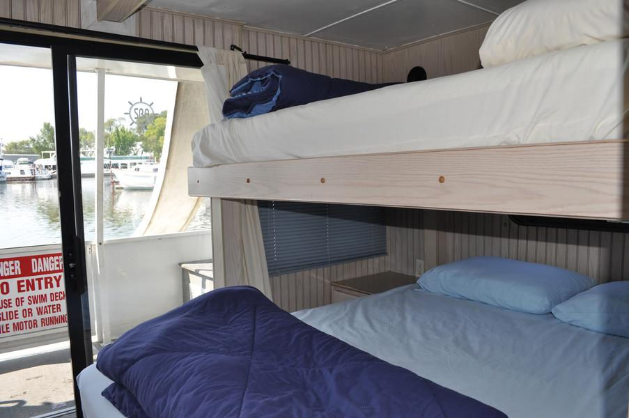 50 Foot Captain Series Houseboat