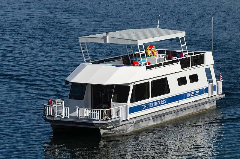 Lake powell houseboats rentals for How much does a lake house cost
