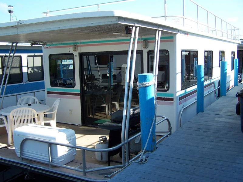 53 Foot 8 Sleeper Executive Houseboat