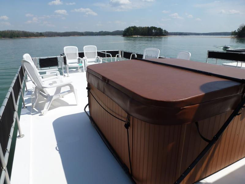 53 Foot Deluxe Houseboat