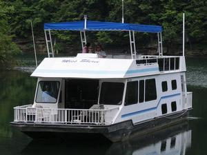 59 Deluxe Houseboat Sutton Lake