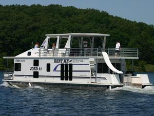 60 Deluxe Houseboat