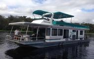 60' 10 Sleeper Executive Houseboat