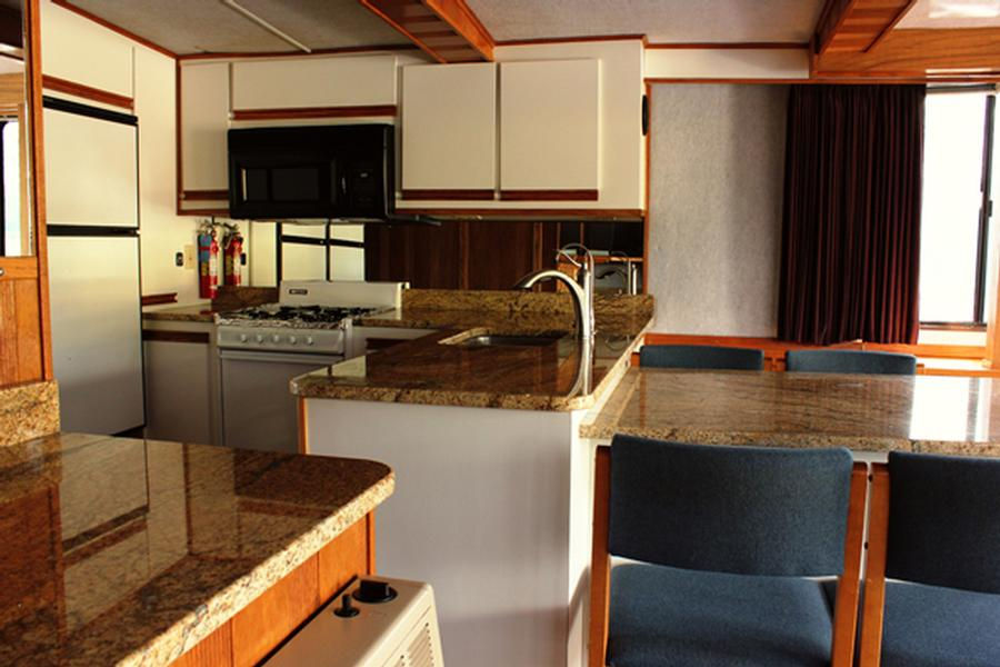 60 Foot Executive Houseboat