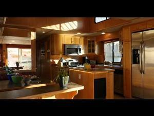 62' Journey Houseboat