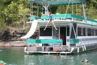 64' Jamestowner Houseboat