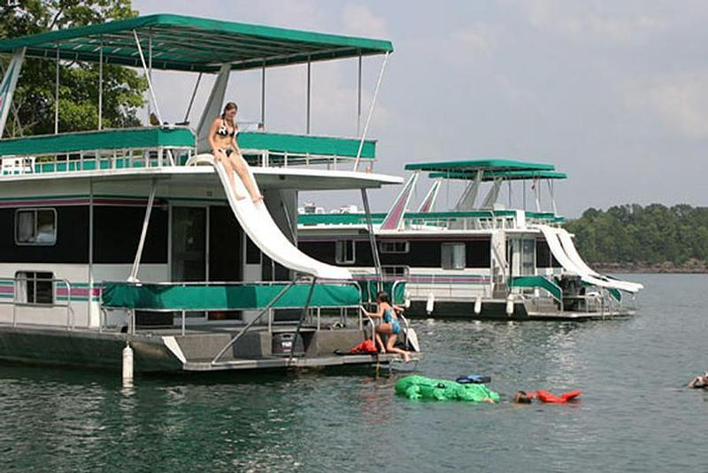 64 Foot Jamestowner Houseboat
