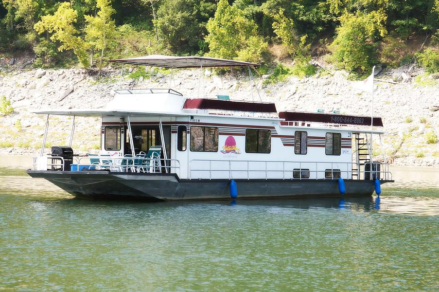 64 foot Explorer Houseboat