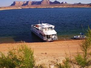 70 Foot Titanium Houseboat