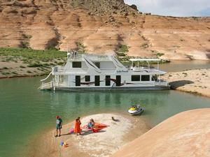 75 Odyssey Class Houseboat