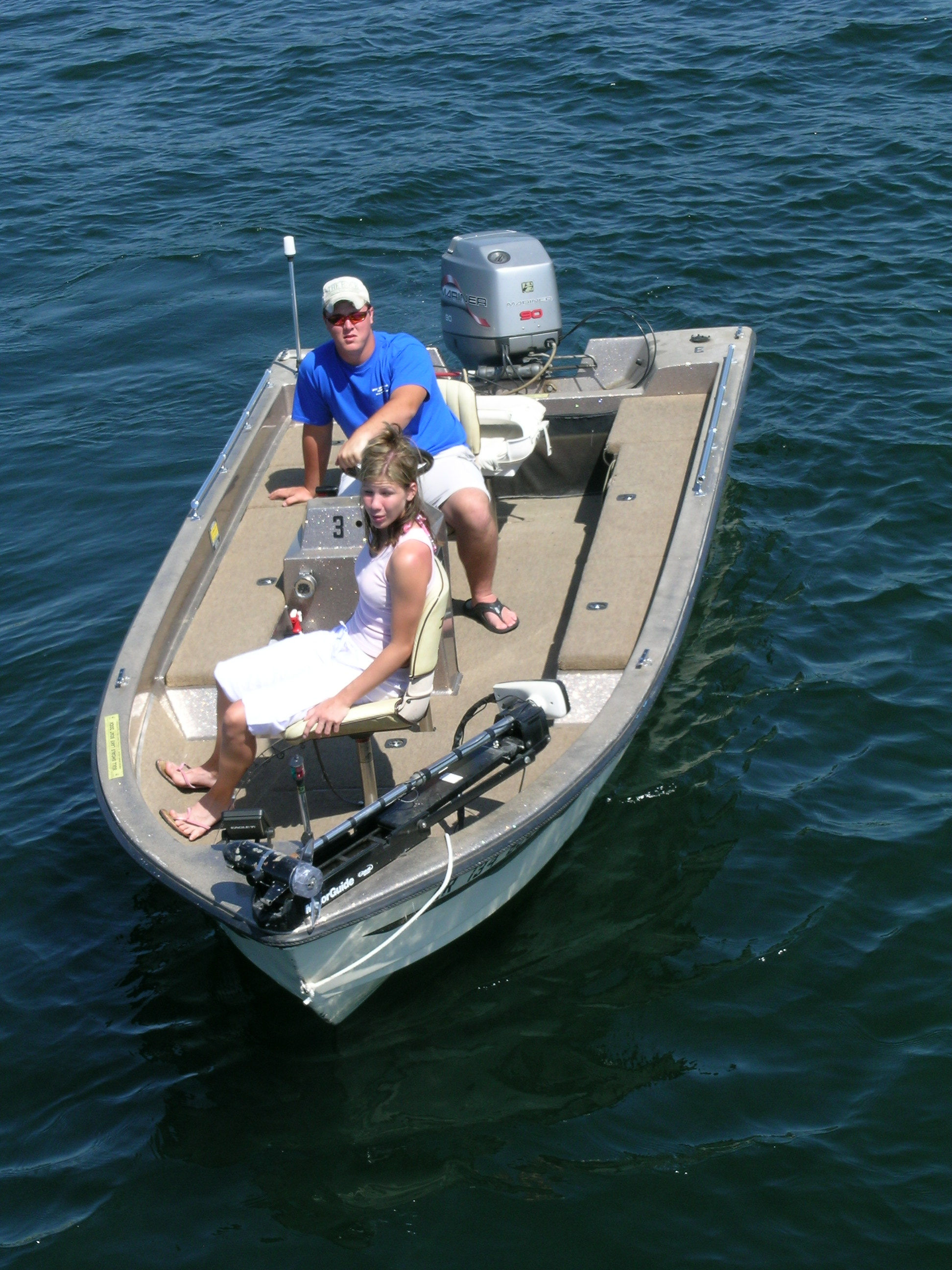 90 HP Ranger Bass Fishing Boat