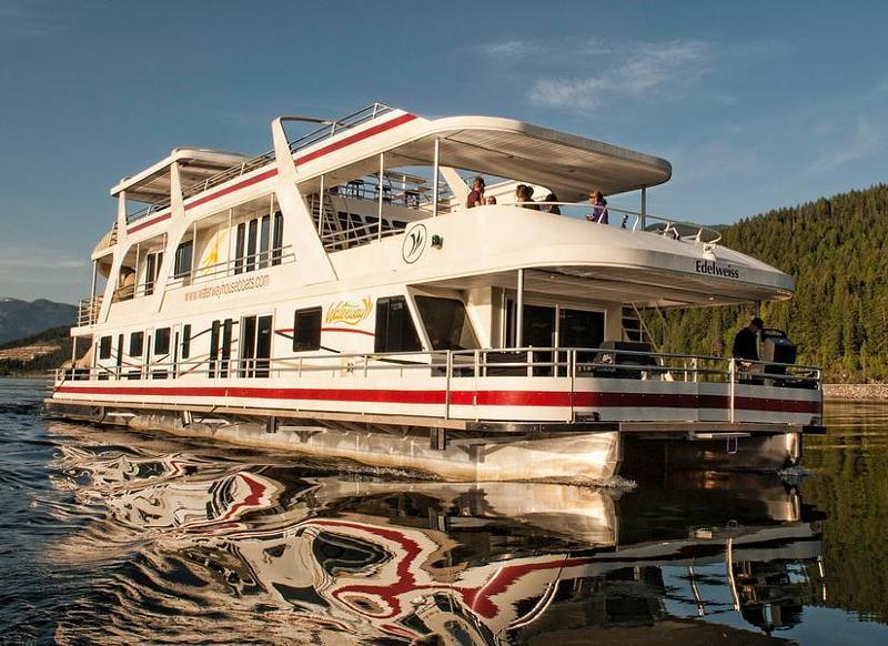 Houseboat Rentals Across America