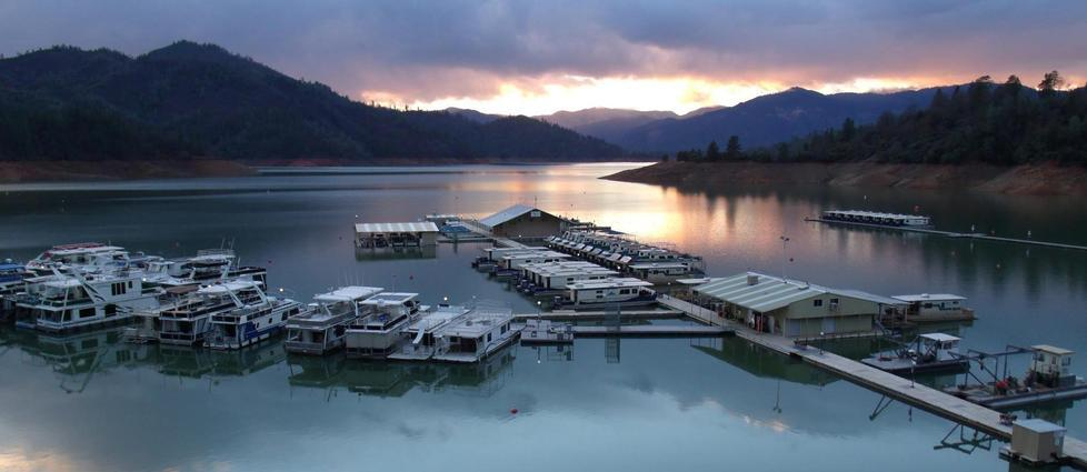 Shasta Lake Houseboat Rentals And Vacation Information