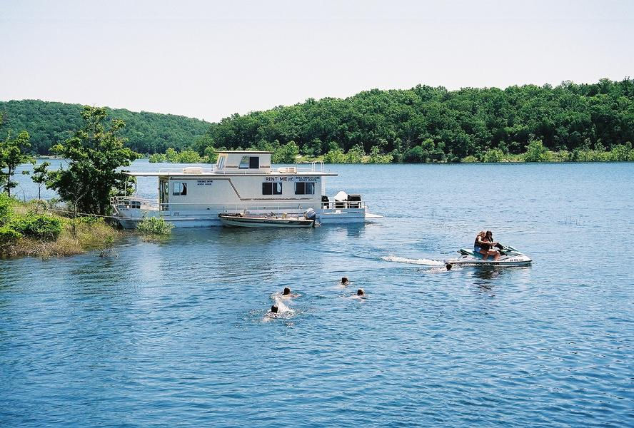 Bull Shoals Lake Houseboat Rentals