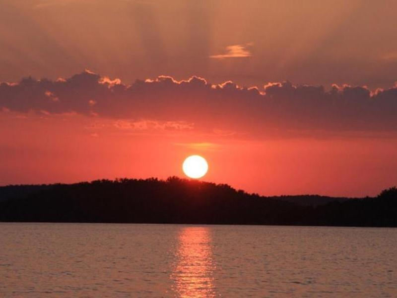 Stunning sunset at Bull Shoals Lake Photos