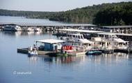 Start your houseboat vacation at the Bull Shoals Lake Boat Dock