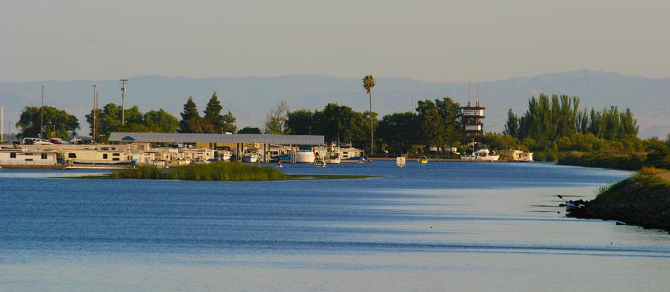 Paradise Point Marina at California Delta