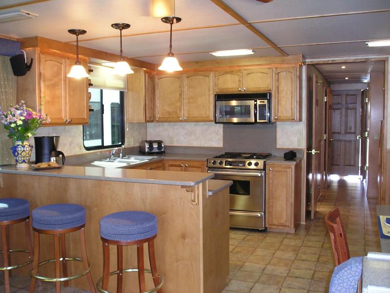 Constellation Houseboat