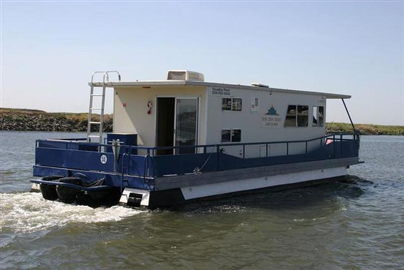 California delta houseboats rentals for Houseboats for rent in california