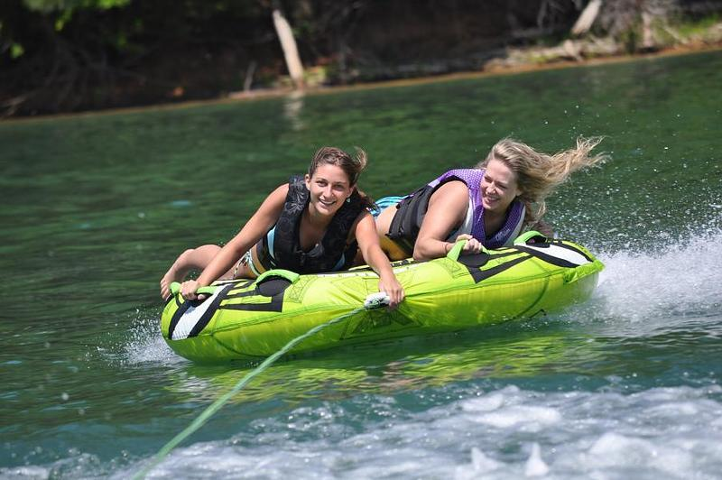 Take your friends along for the ride of a lifetime at Dale Hollow Lake Photos