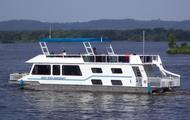 Experience the Mississippi in style and comfort on the Delite