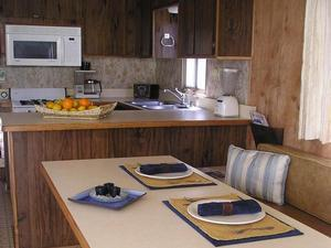 Deluxe Houseboat Shasta