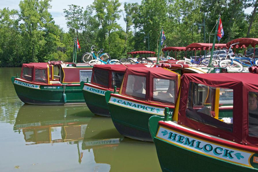 There are several boats to choose from for your trip
