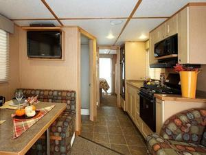 Explorer Class Houseboat