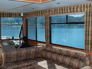 Galaxy Class Houseboat