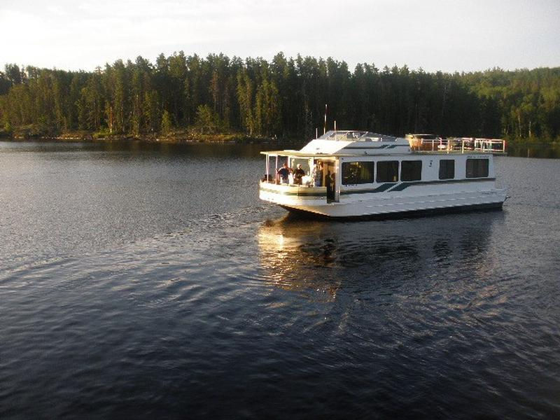 Lady of the Lake Houseboat