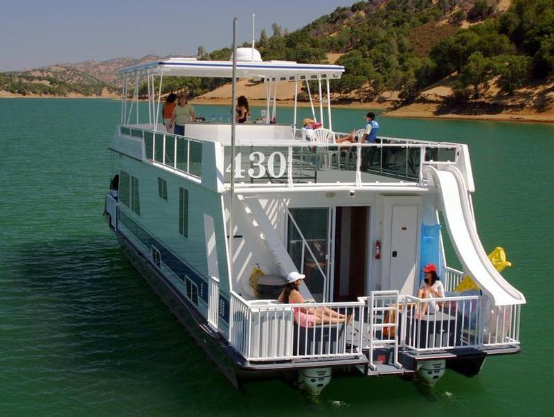 Take them on a houseboat vacation that they'll never forget Photos