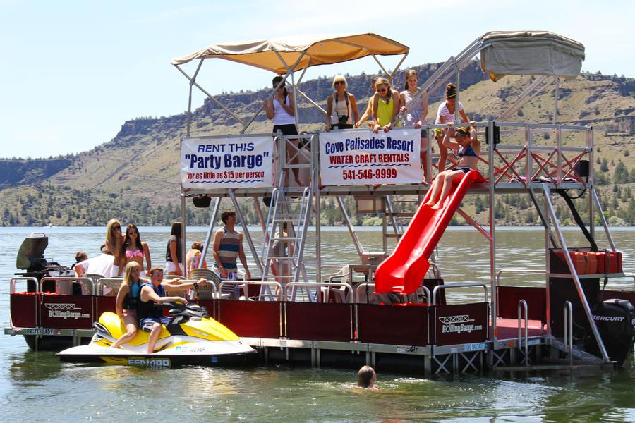 The Cove Palisades Marina makes it easy to have a party on the lake