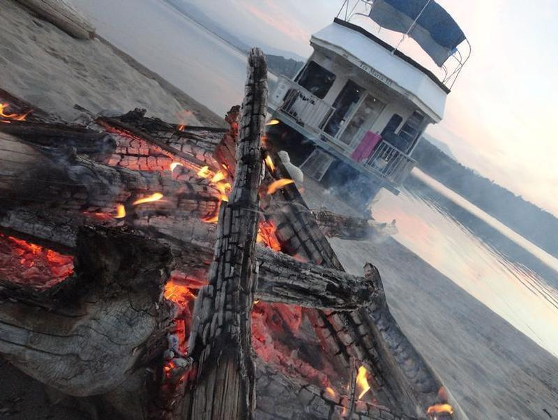 Find your beach for the night to enjoy a cozy evening by the fire Photos