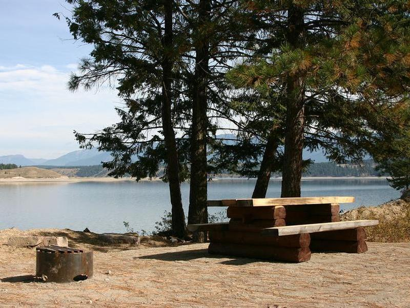 Take advantage of the nearby picnic areas for a lunch on land Photos