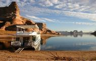 Find peace and renewal inside the surreal beauty of Lake Powell
