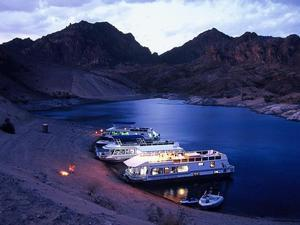 Lake Mead: Come on in the Water's Just Fine!