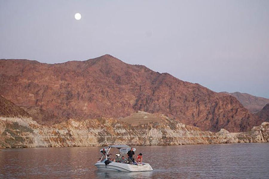 A powerboat is the best way to explore Lake Mead