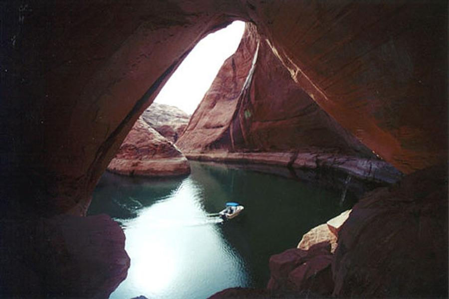 Exploring the myriad of side canyons at Lake Powell