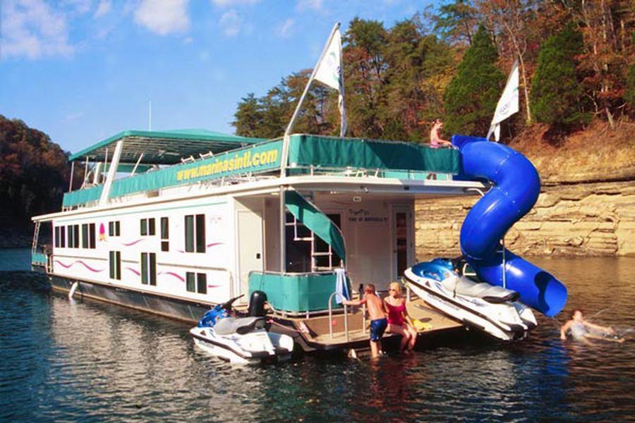 80 Foot Mystic Houseboat
