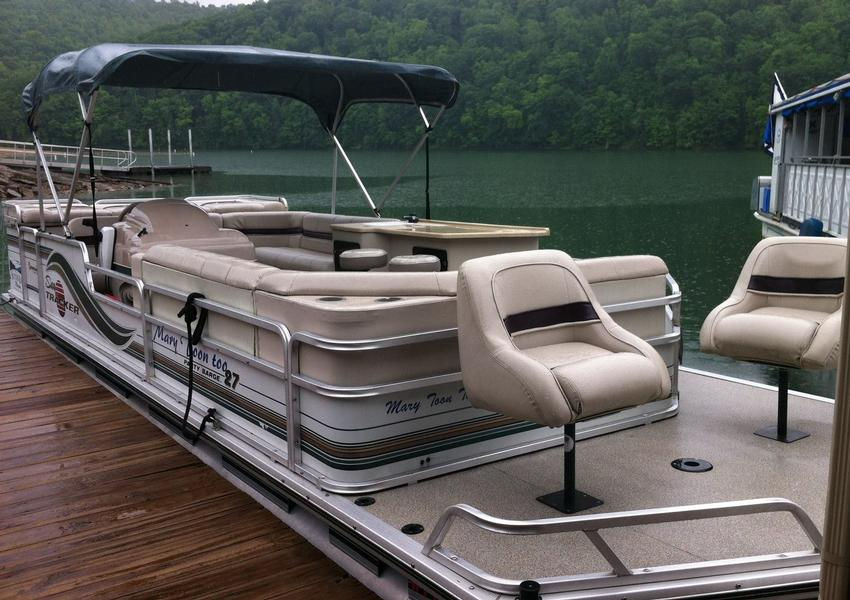 Take out a comfortable patio boat for a picnic out on the water