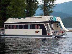 The Getaway Houseboat