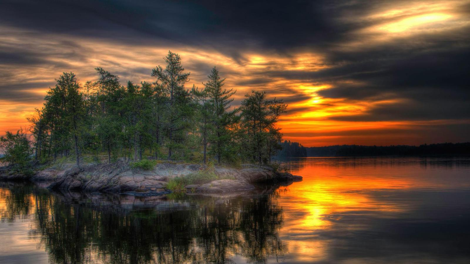 Setting Sun on Voyageurs National Park