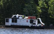 44' Voyageur Plus Houseboat