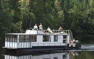 47' Voyageur Houseboat